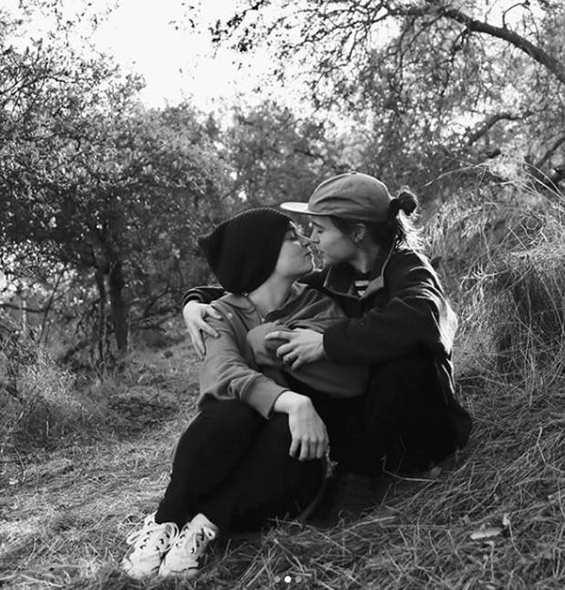 Ellen Page e Emma Portner (Foto: Reprodução/Instagram)