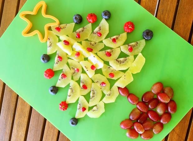 árvore de natal de frutas (Foto: Divulgação)