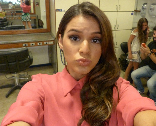 Bruna Marquezine faz selfie para a galera. (Foto: Arquivo Pessoal)
