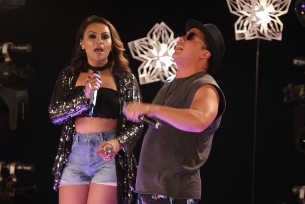 Wesley Safadão e Samyra Show (Foto: Amauri Nehn/Brazil News)