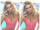 Veridiana Freitas mostra boa forma ao usar maiô rosa