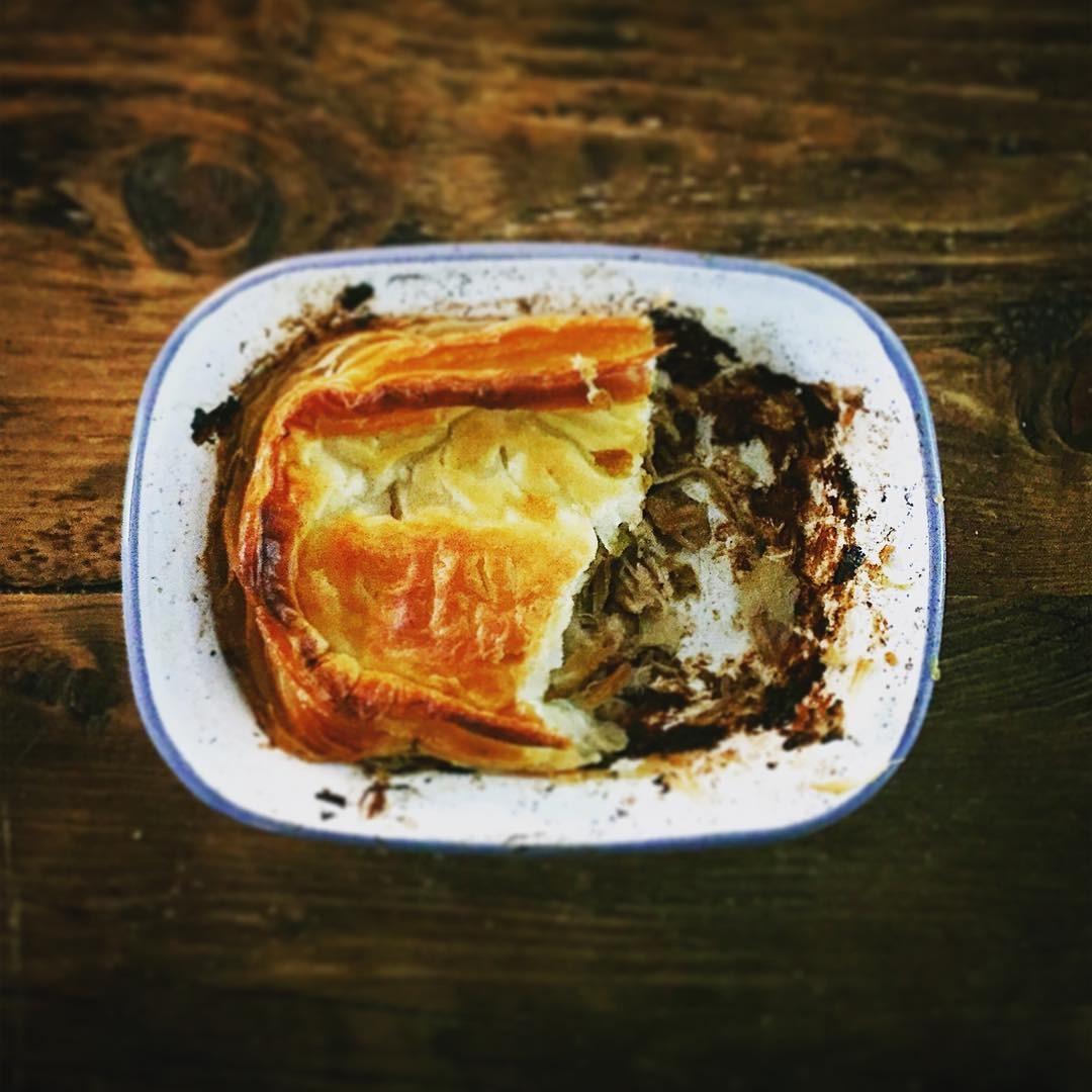 Torta de frango criada por Miguel (Foto: Reprodução/Instagram)