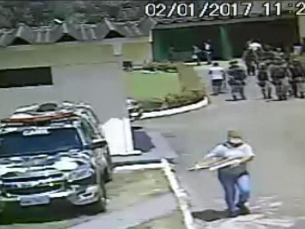 Presídio em Manaus onde 60 morreram estava superlotado (Gnews) (Foto: GloboNews)