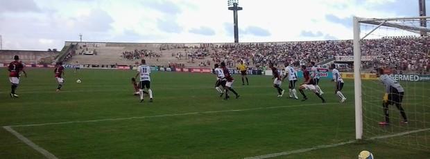 Botafogo-PB x Guarany de Sobral, no Almeidão (Foto: Hévilla Wanderley)