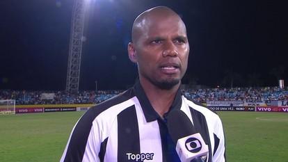 Jefferson enaltece luta do time, mas revela gosto amargo no empate com o Atlético-GO
