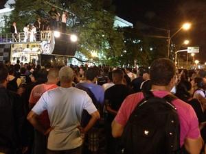 Grevistas decidiram pelo fim do movimento em assembleia realizada no Centro do Recife (Foto: Débora Soares/G1)