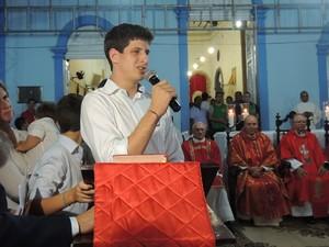João Campos, filho de Eduardo, agradeceu apoio que a família recebeu no último ano (Foto: Katherine Coutinho/G1)