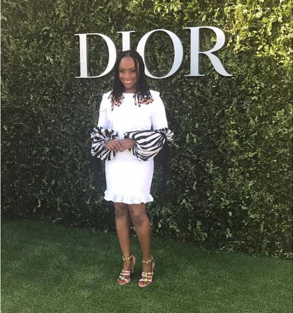 Chimamanda: look escolhido para desfile da Dior era da grife IOLA (Foto: Reprodução Instagram)