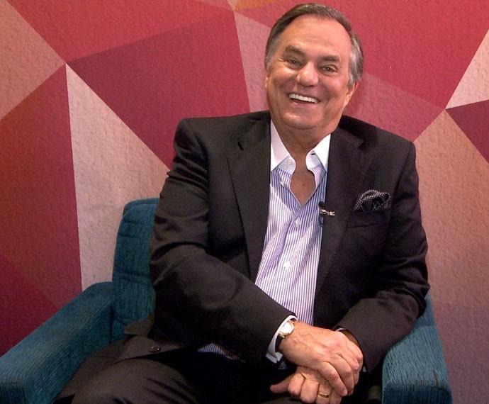 Ronnie Von conta histórias com Roberto Carlos (Foto: Gshow)