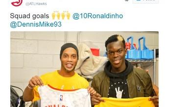 Ronaldinho Gaúcho visita Atlanta e troca camisas com alemão dos Hawks