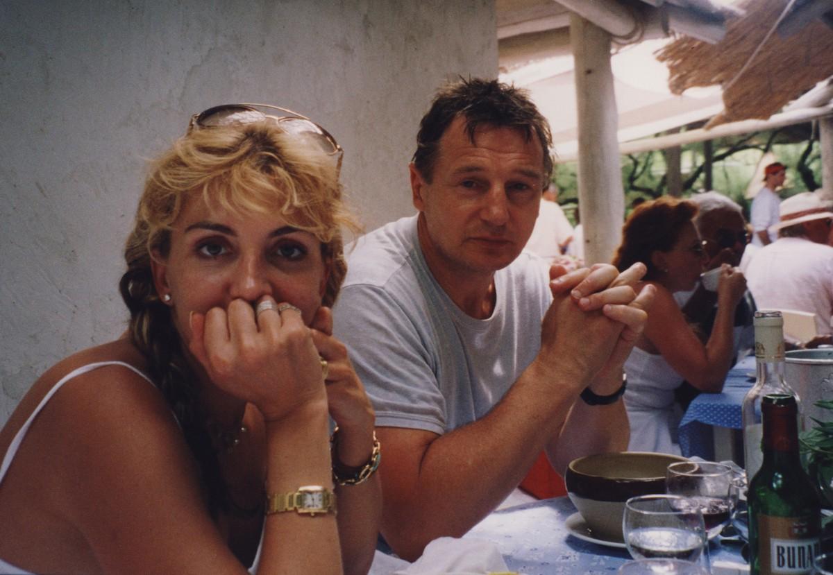 Natasha Richardson e Liam Neeson. (Foto: Divulgação)