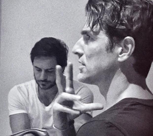 Ricardo Tozzi e Reynaldo Gianecchini durante ensaios de novo espetáculo (Foto: Reprodução/Instagram)