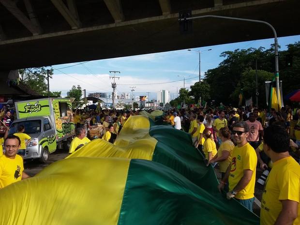 Organizadores falam que ato reúne sete mil pessoas em Teresina (Foto: Ellyo Teixeira/G1)