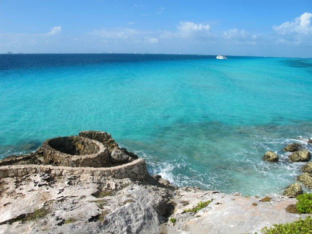 Trilha em Punta Sur permite ver o oceano turquesa de Isla Mujeres (Foto: Amanda Lee Myers/AP)