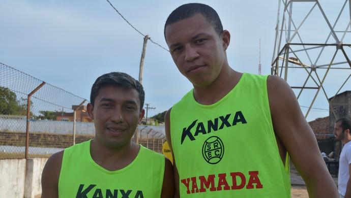 Caçula e Perema (Foto: Weldon Luciano/GloboEsporte.com)