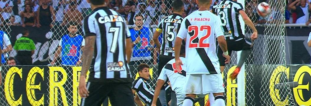 Veja os melhores momentos da vitória do Vasco por 3 a 2 em cima do Botafogo 1958d253f05b8