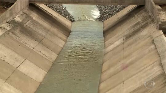 Temer diz esperar ver 'enchentezinha' na Paraíba até o fim do governo