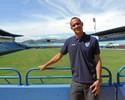 Sai da sombra: Renan usa paciência do Botafogo para voo solo no Avaí