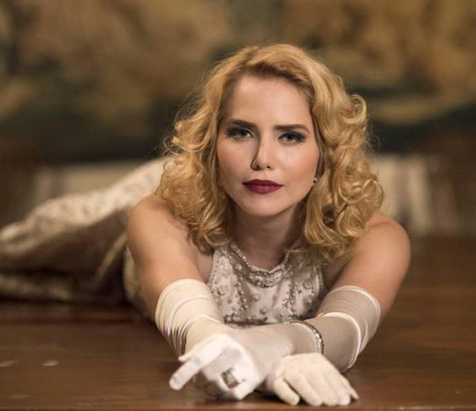 Letícia Colin faz sucesso com o figurino em 'Nada Será Como Antes' (Foto: TV Globo)