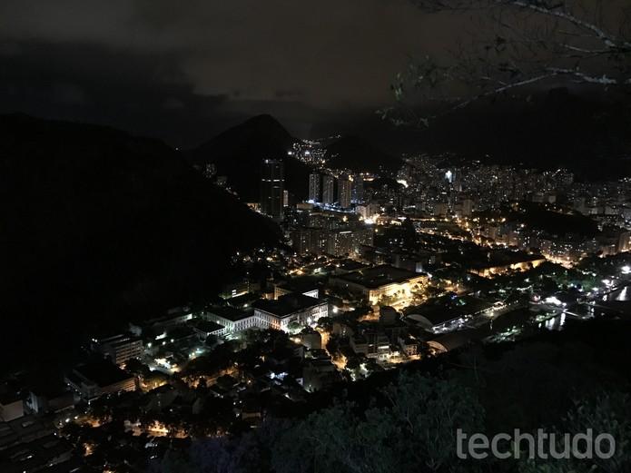 Fotos do iPhone 7 em locais escuros estão com a qualidade melhor (Foto: Anna Kellen Bull/TechTudo)