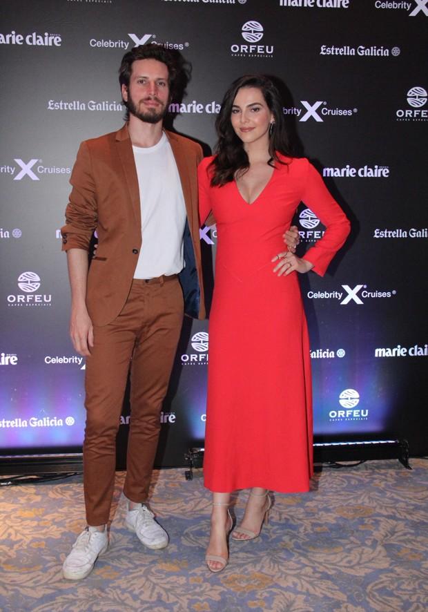 O casal Tainá Müller e Henrique Sauer  (Foto: Wallace Barbosa e Daniel Pinheiro/AgNews)