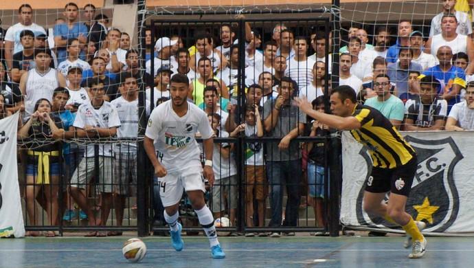 ABC campeão futsal Sabará (Foto: Augusto Gomes/GloboEsporte.com)