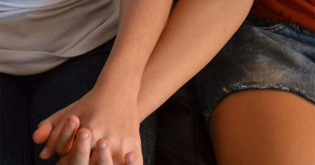 Após beijo gay, jovens dizem ter sido expulsas de bar em Ribeirão ... - Globo.com