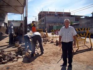 obra canalização rua Luiz Carlos Campos rua Ides Edson de Resende chuva Bairro Engenho de Serra Formiga MG (Foto: Secretaria de Comunicação/Prefeitura de Divinópolis)