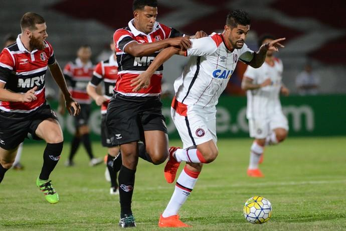 Santa Cruz Atlético-PR  (Foto: Gustavo Oliveira/ Atlético-PR)