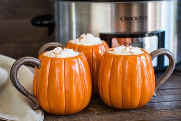 halloween-pumpkin-latte (Foto: Reprodução / Pinterest)