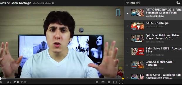 Felipe Castanhari apresenta vídeo do Canal Nostalgia  (Foto: Reprodução)
