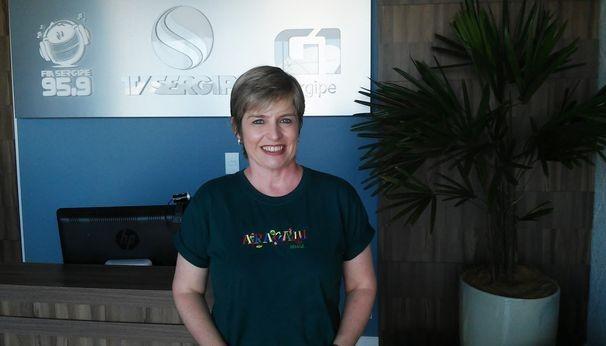 Eunice Ramos visitou a sede da TV Sergipe (Foto: Divulgação / TV Sergipe)