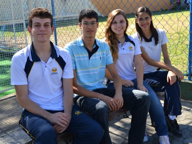 O estudantes são da Igreja Adventista do Sétimo Dia e guardam os sábados para ações voltadas a Deus (Foto: Juliana Borges/ G1 ES)