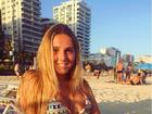 Carolina Portaluppi curte tarde de sol em Ipanema, no Rio: 'Alma solar'