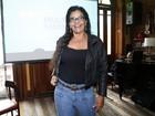 Após infarto, Solange Couto participa de coletiva em bar no Rio