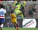 Ainda sem Ganso, Sevilla passa pelo Granada com gol do estreante Vietto