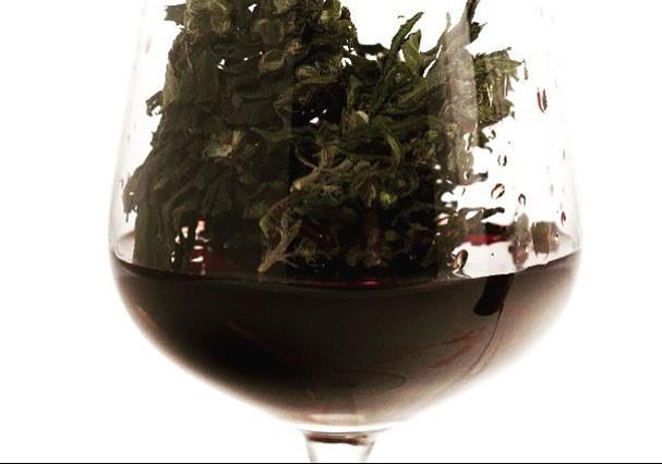 Cannawine, o vinho de maconha (Foto: Reprodução/Instagram)