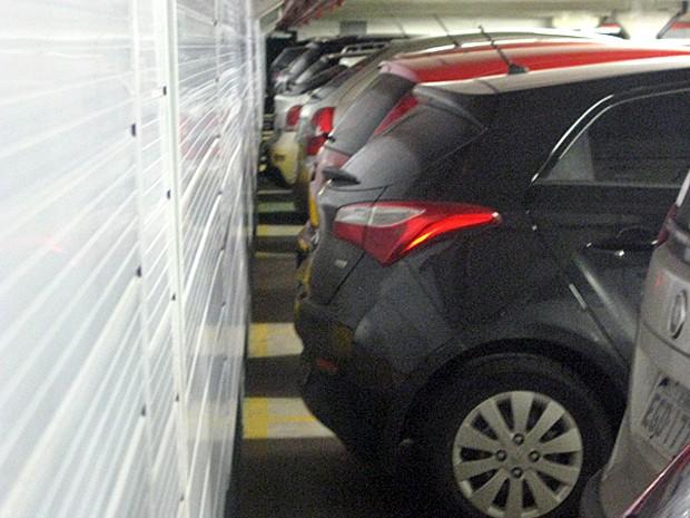Estacionar de ré é mais seguro (Foto: André Paixão/G1)