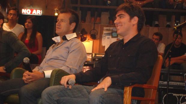 Dunga, ao lado do humorista Marcelo Adnet, no Altas Horas (Foto: Rodrigo Faber/Globoesporte.com)