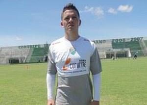 Adrianinho; Piauí; meia; Campeonato Piauiense; 2014 (Foto: Divulgação)