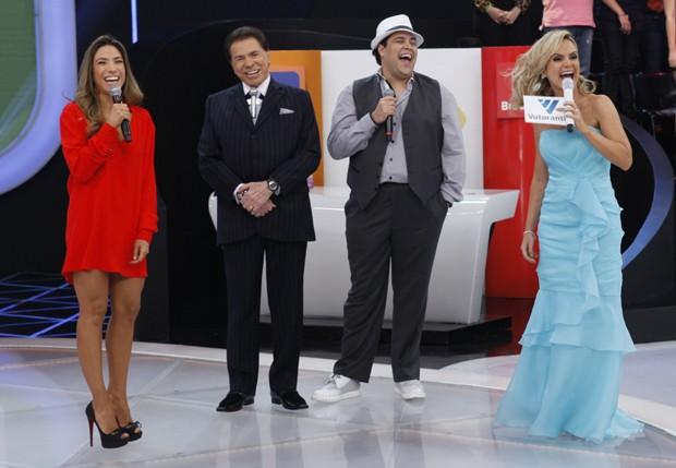 Patrícia Abravanel, Silvio Santos, Tiago Abravanel e Eliana (Foto: SBT/Divulgação)