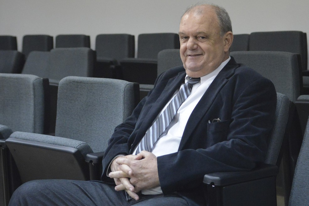 Vitório Piffero prestou depoimento durante julgamento do Inter no STJD (Foto: Agência Estado)