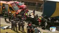Dois acidentes deixaram 10 km de congestionamento na Dutra em Taubaté