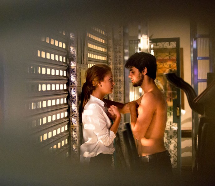 Joliza is back? Casal se beija no Flor do Lácio (Foto: Fabiano Battaglin/Gshow)