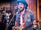 Banda Suricato toca 'Talvez' e fala da amizade em torno da música