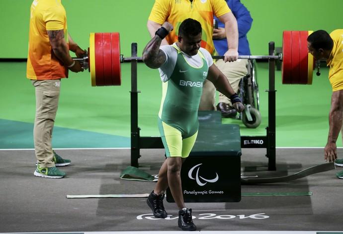 Evânio Silva, medalha de prata no halterofilismo até 88kg na Paralimpíada (Foto: Sergio Moraes/Reuters)