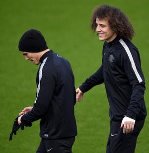 Cavani e David Luiz, treino PSG (Foto: AFP)