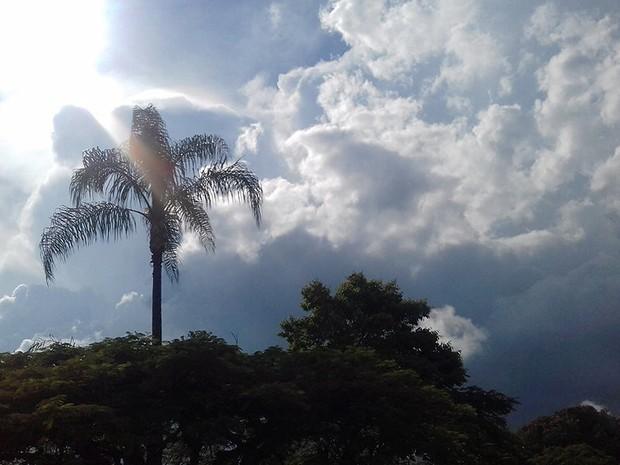 previsão do tempo juiz de fora (Foto: Nathália Leite/G1)