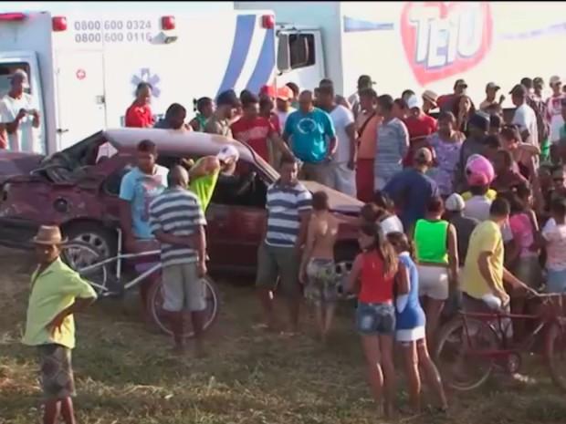 Acidente ocorreu no município de Vitória da Conquista (Foto: Reprodução/TV Sudoeste)