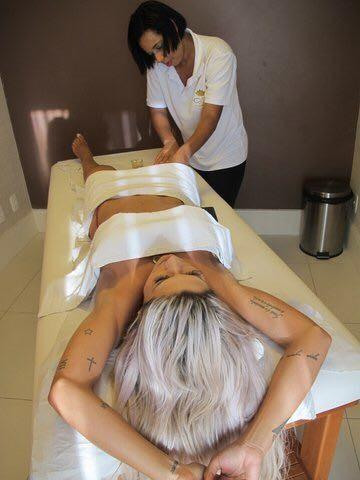 Janaina Santucci investe em tratamento estético (Foto: Arquivo Pessoal/Divulgação)
